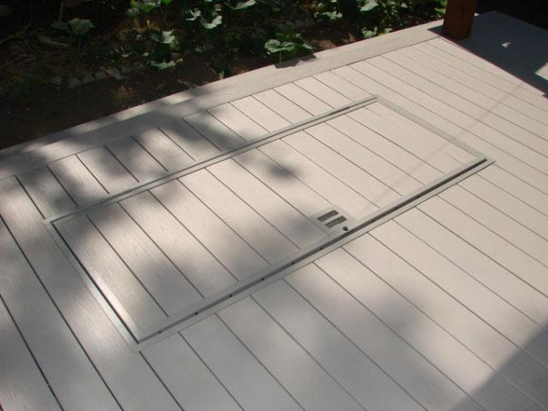 Slate Gray decking color and Titanium for hardware color
