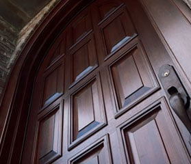 entry door installation contractor in massachusetts