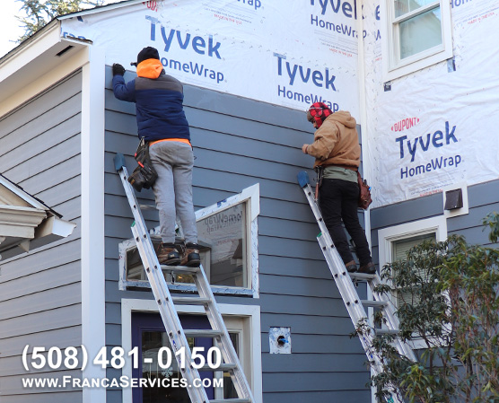 Everlast-Siding-Installers-Installing-Everlast-Compsite-Siding-in-Boston-MA-FrancaServices-1