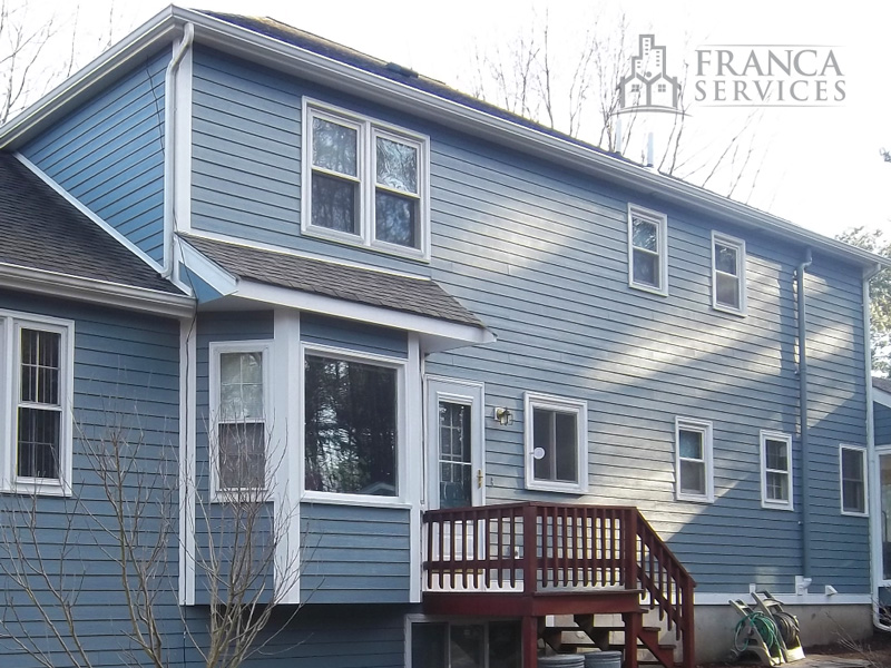 hardiplank-installation-by-franca-services-siding-contractors-serving-greater-boston-1